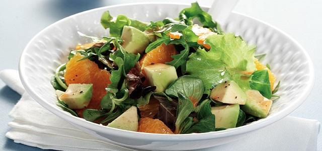 Σαλάτα με πορτοκάλι και αβοκάντο